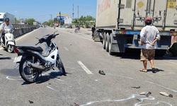 Tin giao thông ngày 4/3: Va chạm với xe đầu kéo, 2 vợ chồng tử vong thương tâm