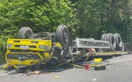 Xe tải mất lái tông thẳng vào taluy, 2 người tử vong tại chỗ