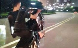 Khoe clip 'bốc đầu' xe máy trên mạng, nam thanh niên bị phạt 4,2 triệu đồng