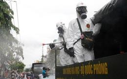 Ảnh: Bắt đầu phun khử khuẩn hơn 1.000km đường ở TP.HCM