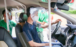 """Hãng taxi tung """"chiêu độc"""" bảo vệ tài xế trong thời dịch COVID-19"""