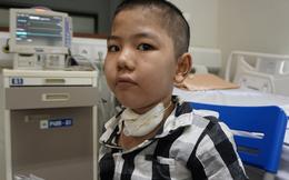 Tình hình sức khỏe của bé trai 8 tuổi nhiều tháng trời sống nhờ máy thở